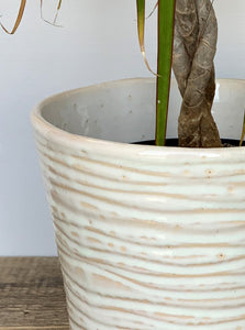OATMEAL  PLANTER WITH WAVES