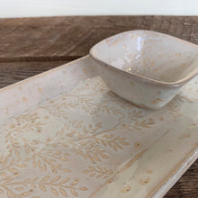 Load image into Gallery viewer, OATMEAL SMALL RECTANGLE PLATTER SET WITH FERNS