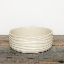 Load image into Gallery viewer, IVORY PATE DISH IN WAVE