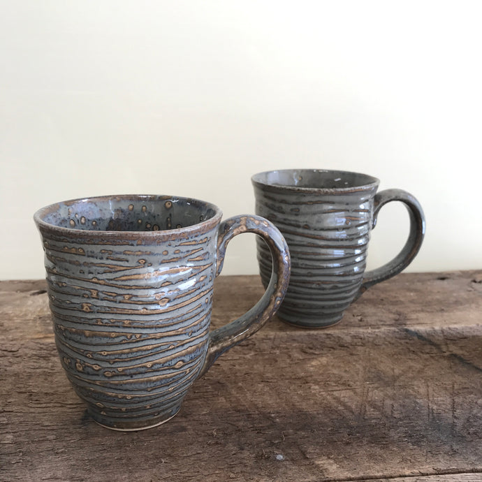 SLATE MUG IN WAVE - 15 OUNCES