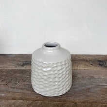 "Load image into Gallery viewer, IVORY TOBI VASE IN CORAL (5"" tall, opening 7/8"")"