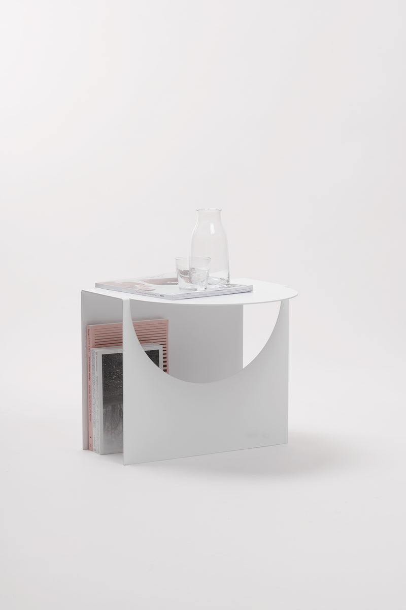APARTMENT Sidetable