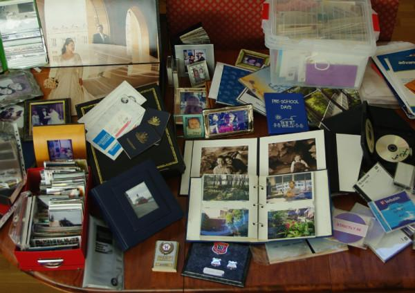 Storing Personal Mementos in a Home Safe
