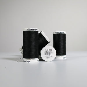 Gütermann polyester thread - 000 (250m)