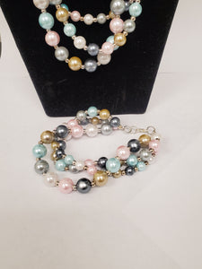 Beaded Pearl Necklace and Bracelet Set