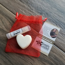 Load image into Gallery viewer, VALENTINE'S Gift Bag Heart Lotion Bar ++ Lavender / Citrus