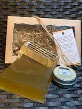 Load image into Gallery viewer, Mustache Wax GIFT BOX Cedarwood Tea Tree Blend + Comb + Soap