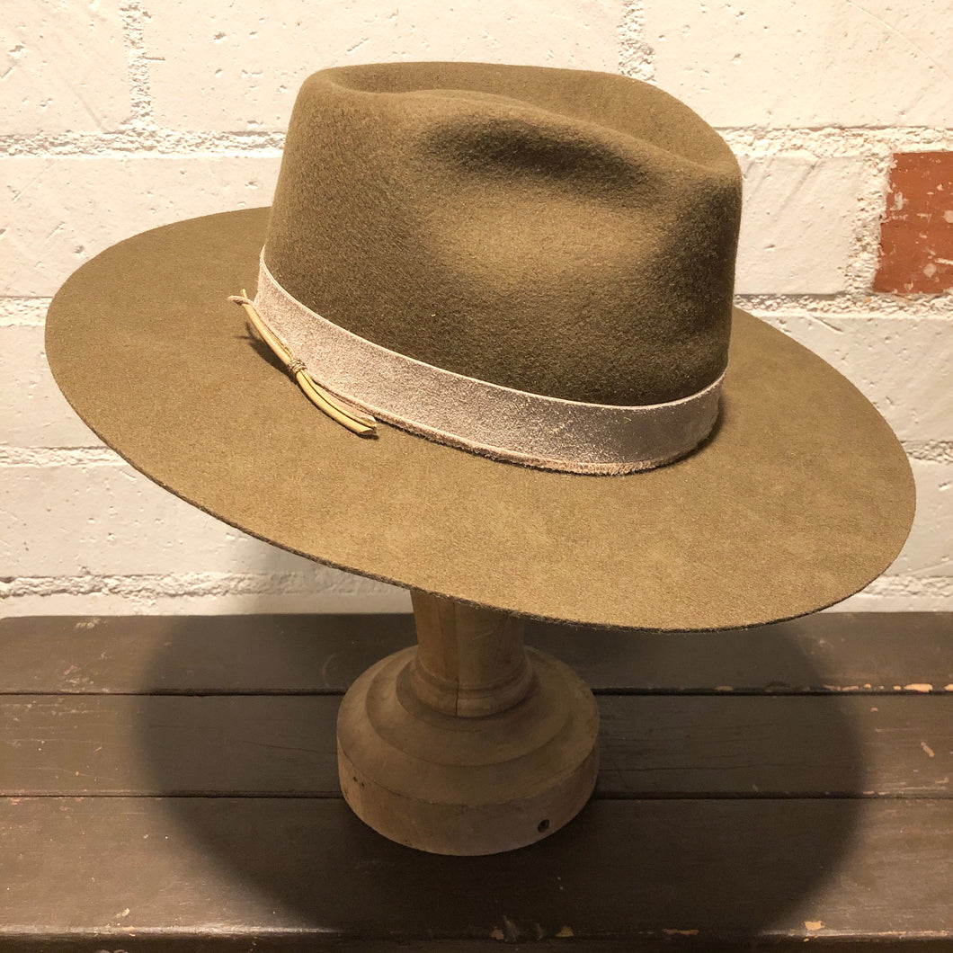 Karmativity Design Wide-Brim Hat - Olive w/Grey Band (Size L)