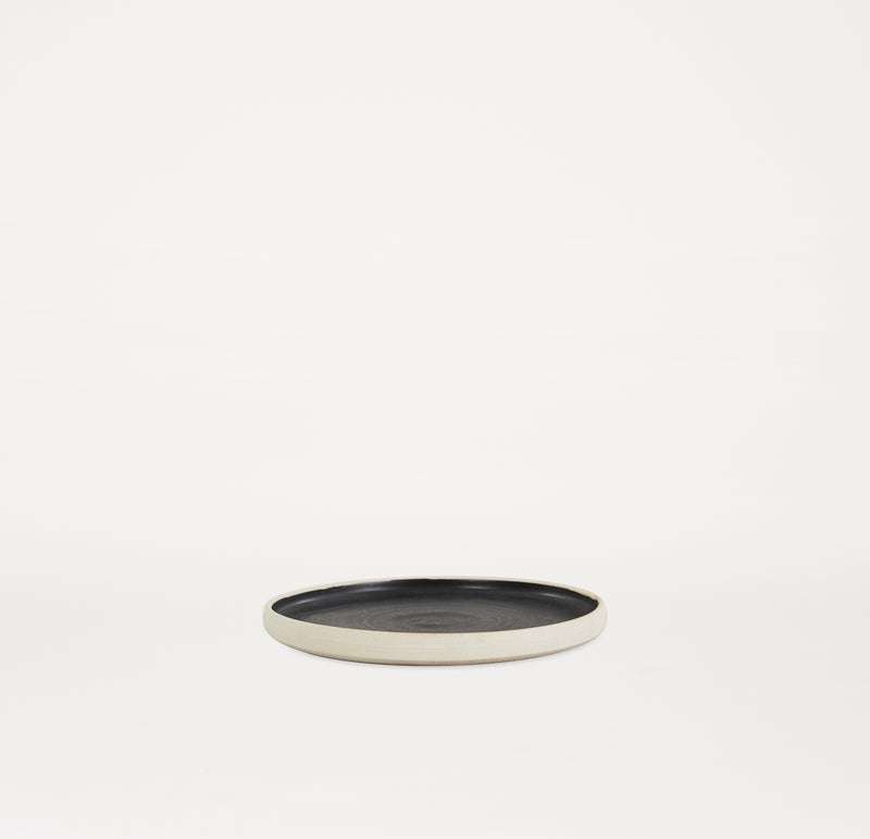 Otto Plate Black (L) - Set of two