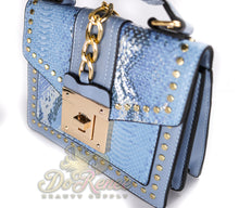 Load image into Gallery viewer, Snaked Crossbody Handbag - Skyyy