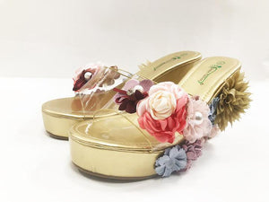 Foral Wedge Pearl Style