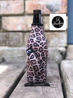 Lit Handler Leopard Bottle Neck Handler