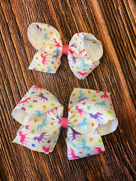 NEW Wee Ones Multi Color Unicorn Print Bows