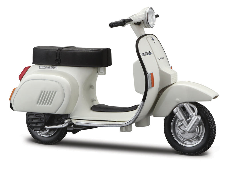 1:18 Vespa Scooters Assortment M34540