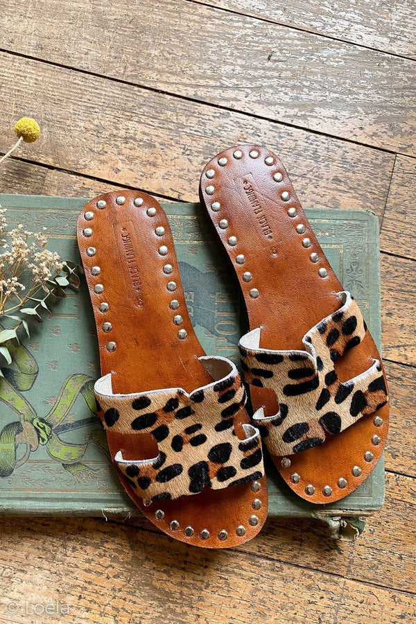 SANDALES BLACK FLAMINGO Sandales l'indispensable LEOPARD / 36