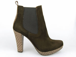 HIGH HEEL CHELSEA BOOT