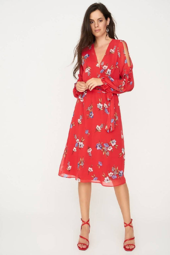 Floral Dress With Split Sleeve