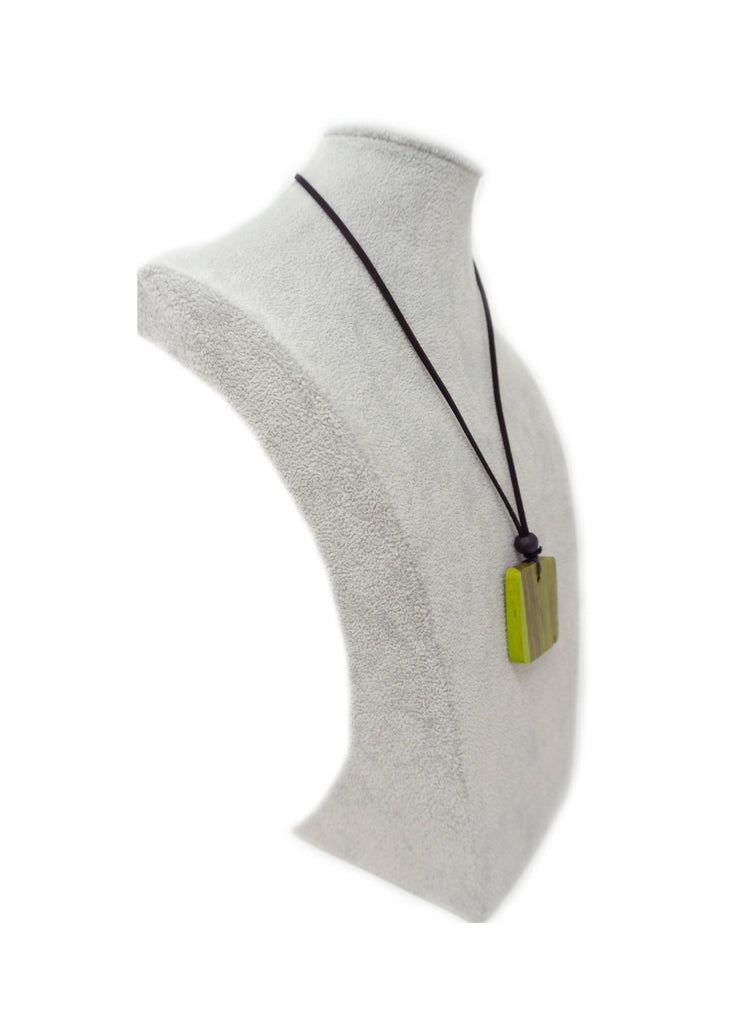 TAR70N NECKLACE LIME SQUARE