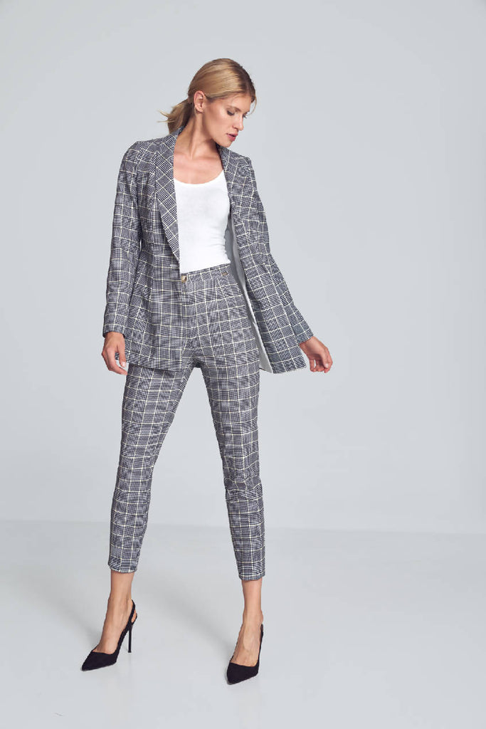 Jacket with shawl collar in a houndstooth