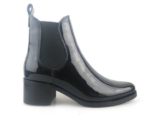 LOW HEEL CHELSEA BOOT- BLACK