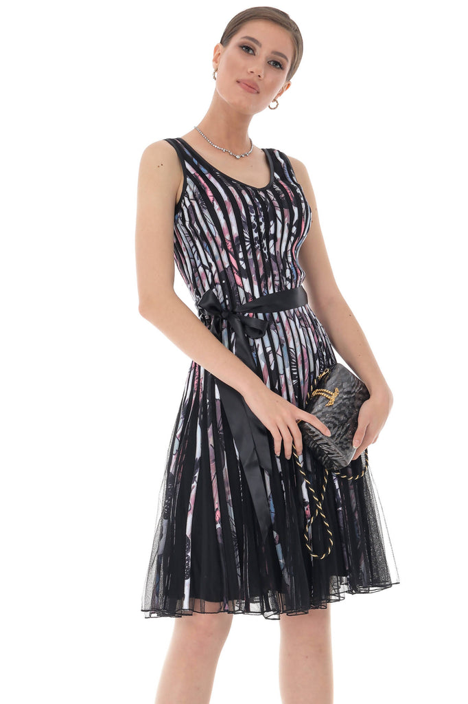 Elegant evening dress with contrasting ribbon, Aimelia - DR4025
