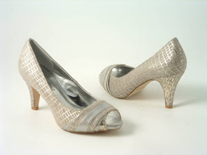 Sabatiné Court shoe with Mid Heel