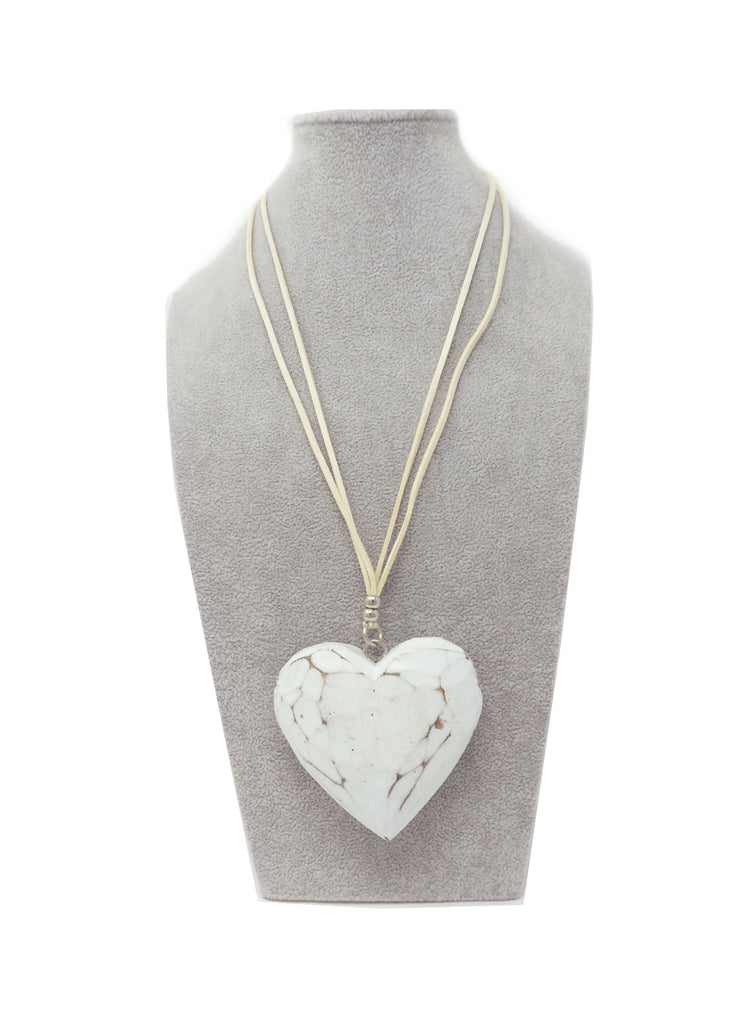 AA259N NECKLACE WHITE HEART