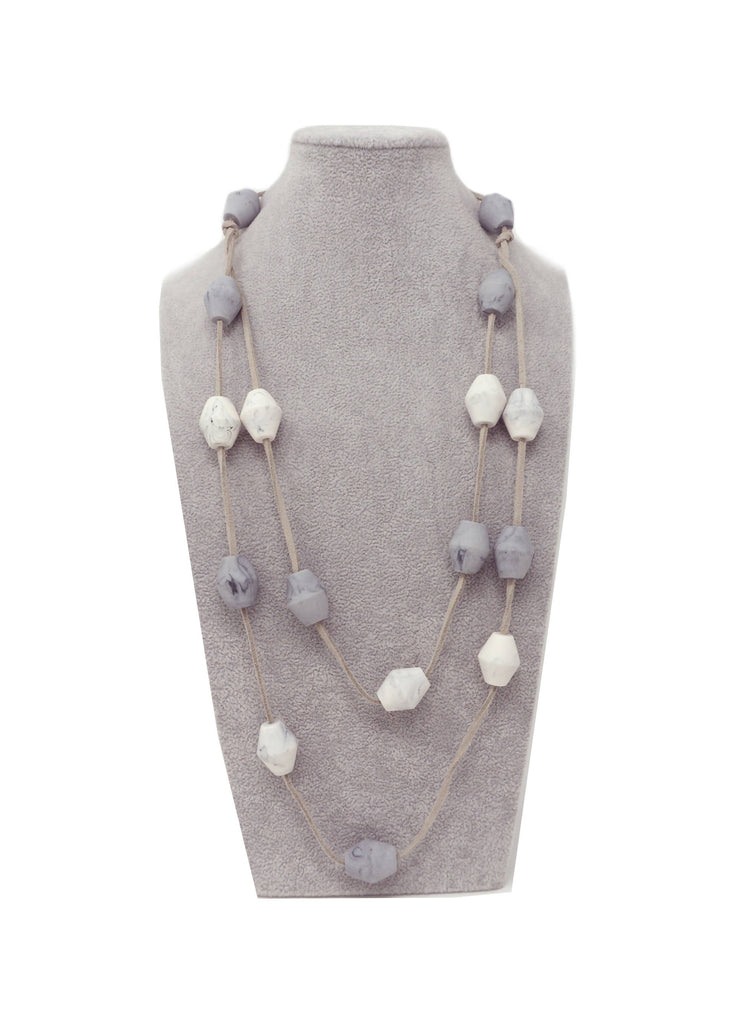 LUN151N NECKLACE GREY MARBLE MIX