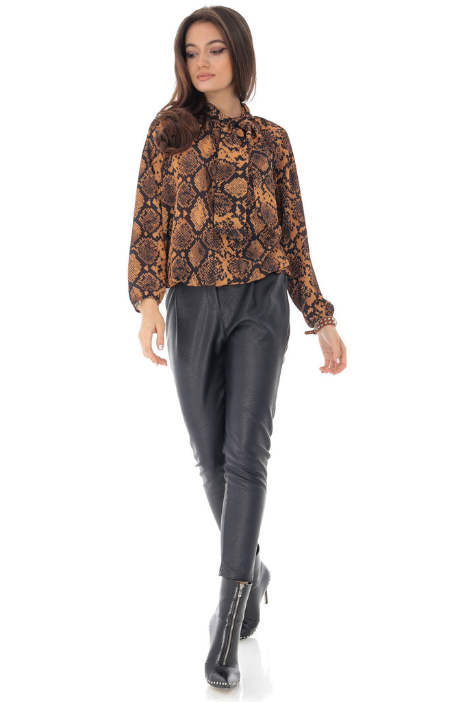 Puddy bow collar blouse, with snake print, Aimelia - BR2225