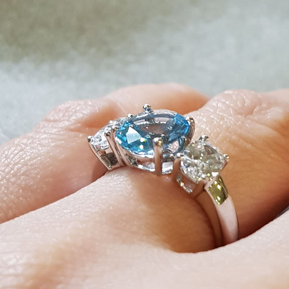 BlueTopaz Oval Ring