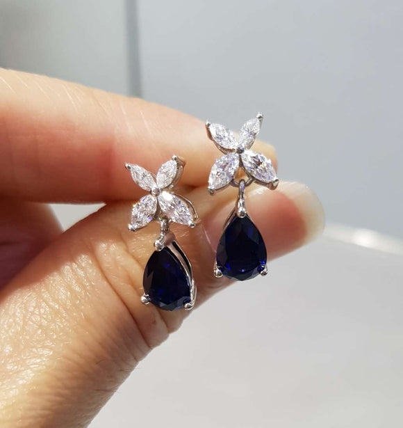 Sapphire Pear-Shaped Dangling
