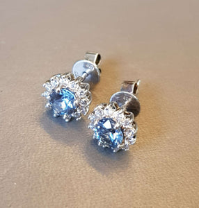 Cool Blue Cluster Oval Earring