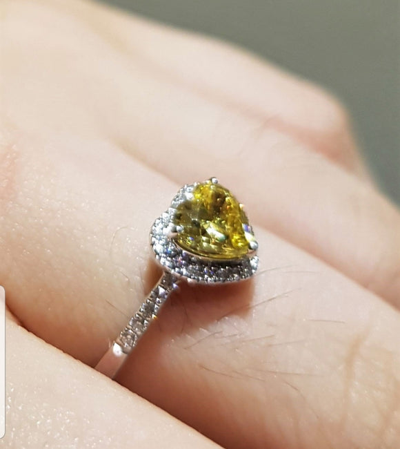 Heartshape Canary Ring
