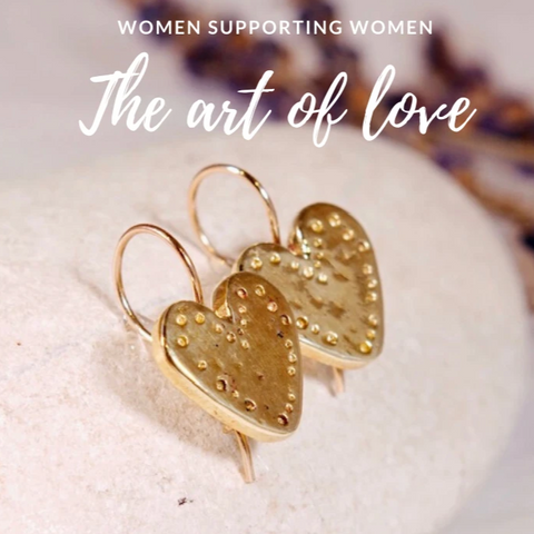 14k Solid Gold Heart Earrings - The Art Of Love EG7000