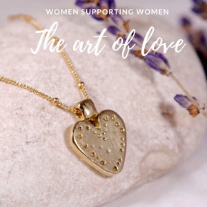 14K Solid Gold Heart Necklace - The Art Of Love NG7000