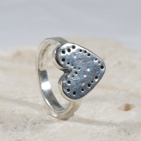 Dainty Silver Heart Ring - The Art Of Love R2340SS