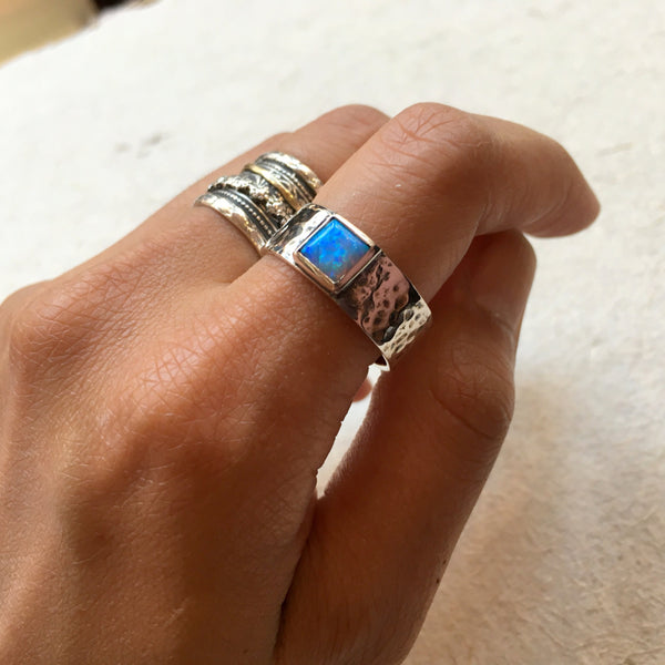 Two tone Statement Ring, Cocktail Ring, hammered band, opal Ring, Unique Ring, boho Ring, modern ring, square opal Ring - Dream far R2370
