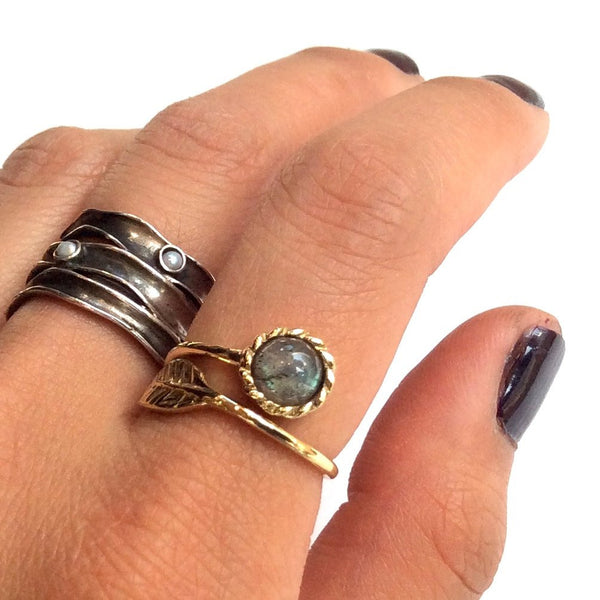 Labradorite ring, gold leaf ring, gemstone ring, stacking ring, Thin ring, Golden brass ring, adjustable ring - Gone with the wind RK2062-6