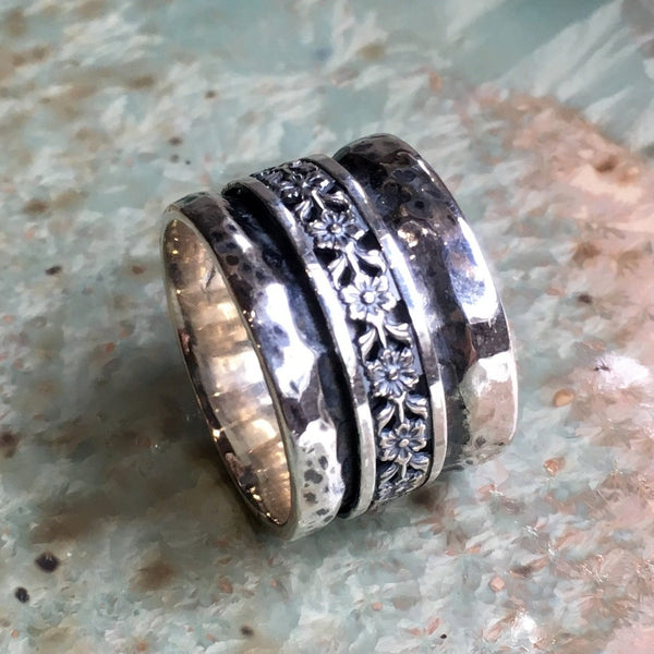 Silver floral band, rustic silver band, Wedding ring, Meditation spinner ring, thumb ring, wedding band, rustic ring - Walk on spring R2443