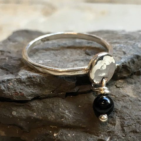 Onyx ring, dangle birthstone ring, mothers ring, stacking ring, personalised ring, family stones ring, dainty ring - Your Colors R2499-1