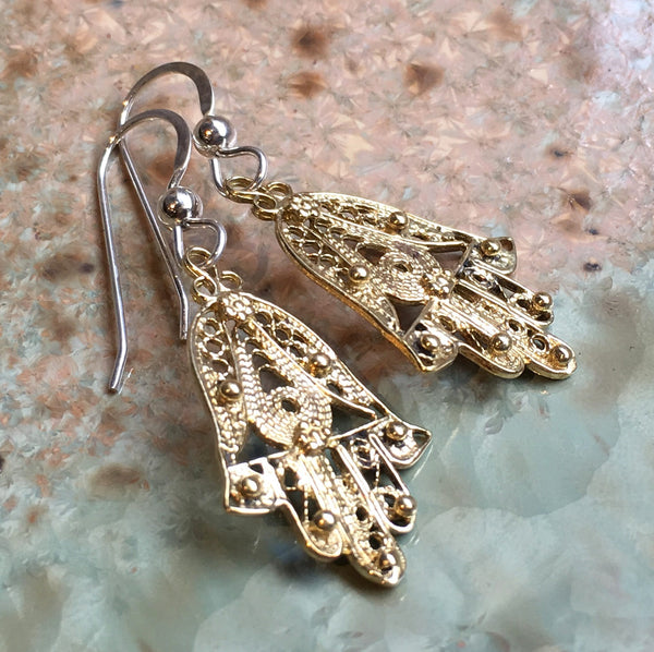 Hamsa hand Earrings, drop earrings, Sterling silver brass Earrings, Dangle hamsa Earrings, dainty earrings, filigree hamsa earrings - E8078