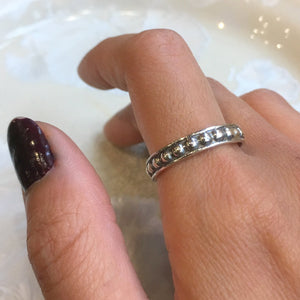 Stacking Ring, Skinny Ring, Stackable Silver Ring, Dotted Silver ring, Minimal Ring, midi ring, dainty ring, wedding band - The couple R2603