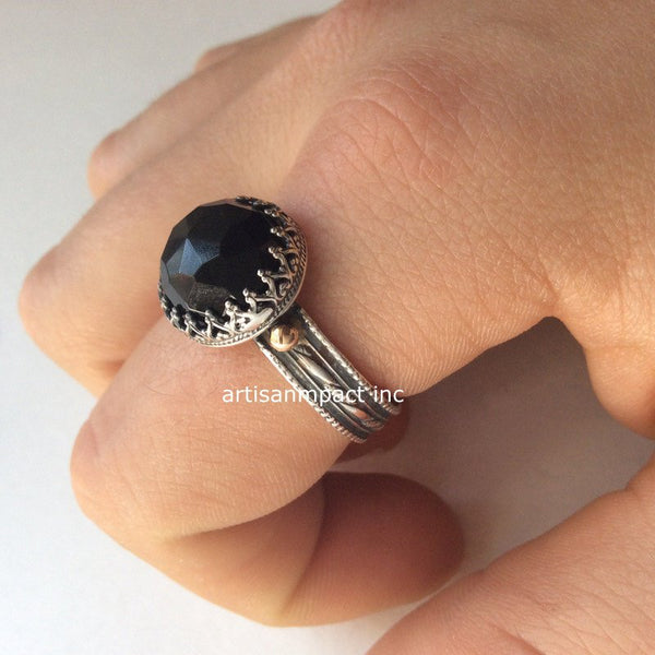 Onyx ring, Sterling silver ring, SIilver gold ring, textured band, Boho jewelry, gemstone ring,black ring, crown ring - Dark night R2112