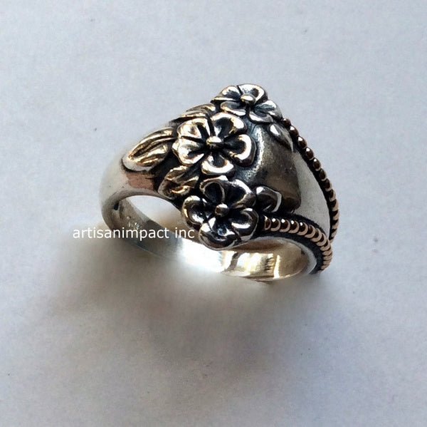 Flowers ring, Sterling silver gold ring, floral band, silver band, two tones ring, oxidized silver ring, botanical ring - Come to life R2116