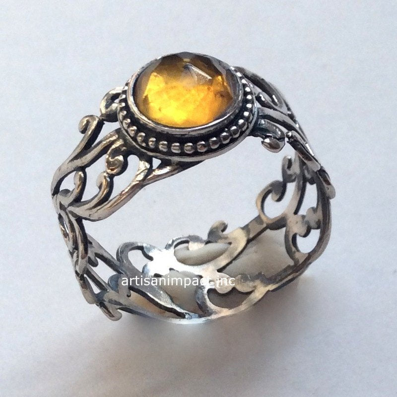 Cocktail citrine ring