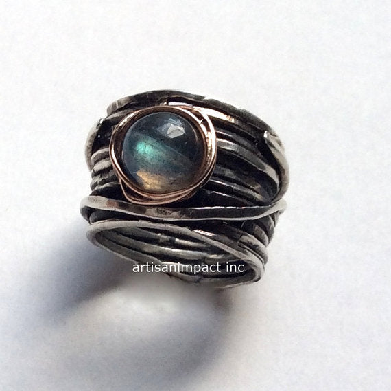 Labradorite ring, wide band, Wire wrap band, silver ring, silver band, two tone ring, unisex ring, boho chic ring - Visions of you R2119