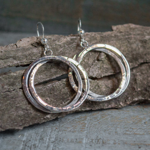 Simple earrings, circle earrings, silver earrings, dangle earrings, casual earrings, boho earrings, gypsy earrings, unique - Sentiment E8018