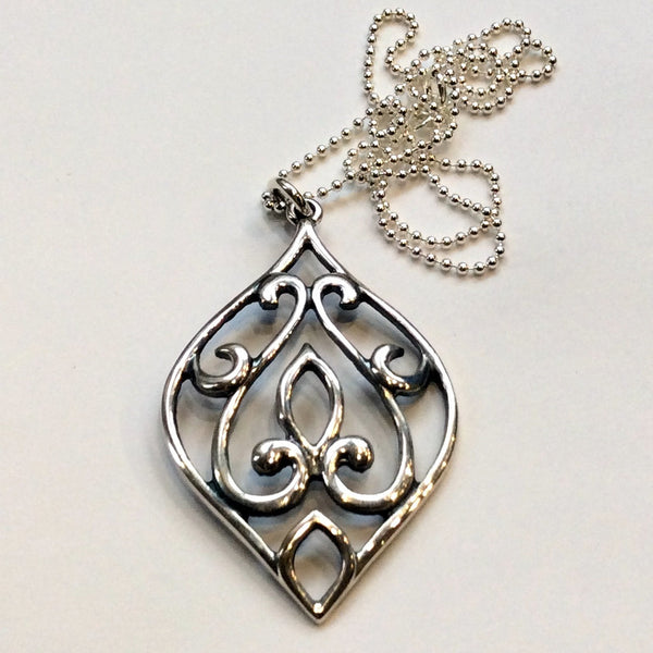Droplet ornate necklace