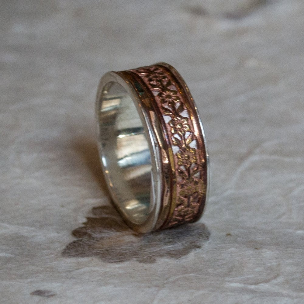 Spinner Ring, Gold Wedding band, Boho chic Ring, silver gold ring, gypsy Ring, unique wedding Ring, Floral Ring, fidget - A field day R2097