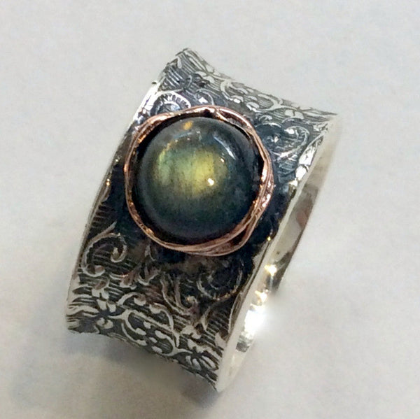 Labradorite ring, boho chic jewelry, bohemian ring, Silver Band, Unique engagement Ring, Silver Filigree Band, vine ring - Our story R2059